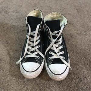 Black High Top All Star Converse Sz8